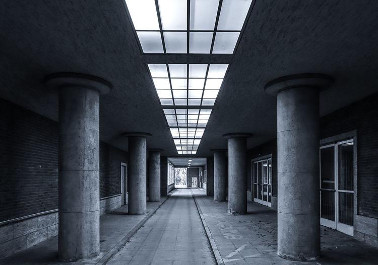 Architectural Column Architecture Berlin Photography Berliner Ansichten Day EyeEm Best Edits EyeEm Gallery EyeEmBestPics Indoors  No People Pillars Tunnel Urban Exploration The City Light