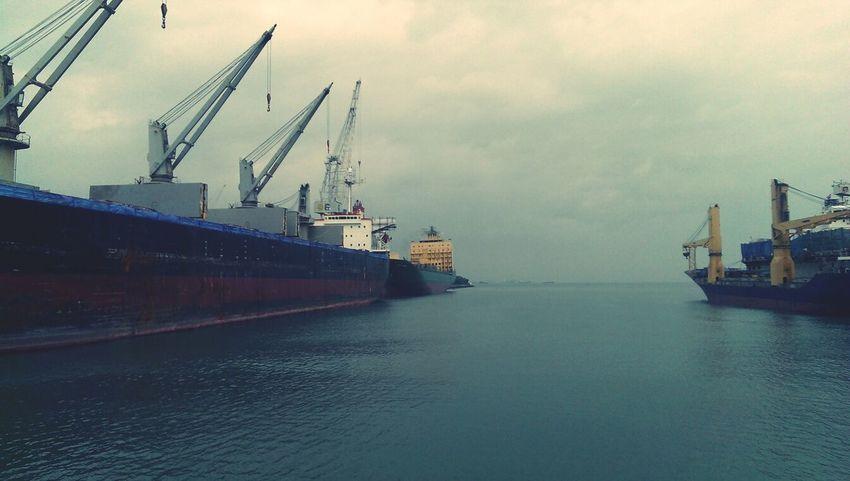 ถ่ายไว้เก็บความทรงจำVessel Shipyard Seaside Quayside เดินไปไกลจากความรู้สึกที่ห่างไกลบ้าน