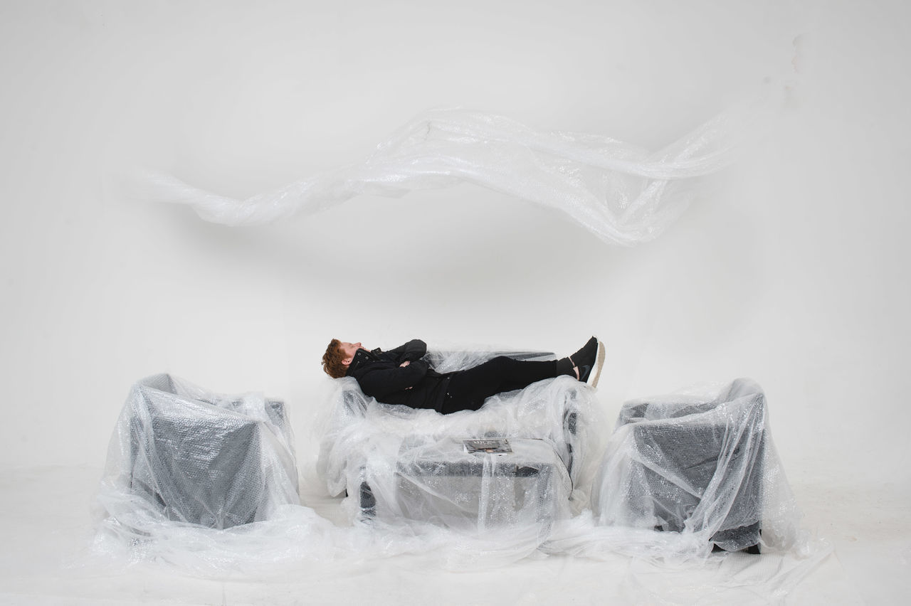 smoke - physical structure, studio shot, no people, white background, indoors, close-up, day