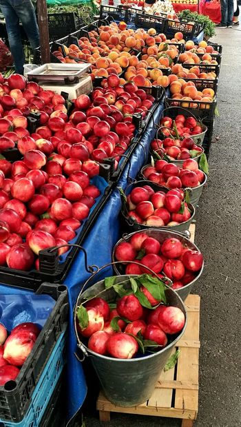 Freshness Food And Drink Fruit Food Large Group Of Objects Healthy Eating Abundance Day For Sale No People High Angle View Variation Red Outdoors Market Choice Nectarines Bazaar Photo Bazaart ✌️ Bazaart Bazaar Travel Photography Bazaar Nectarine
