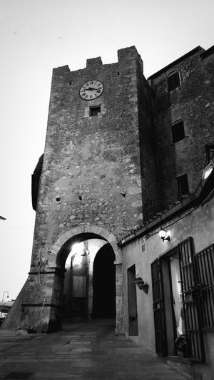The tower In Capalbio Tuscany Italy Italy Blackandwhite Monochrome Fotografia Streetphoto_bw No People Medieval Architecture MedievalTown The Past Architecture Building Exterior Arch Castle Arcade Historic