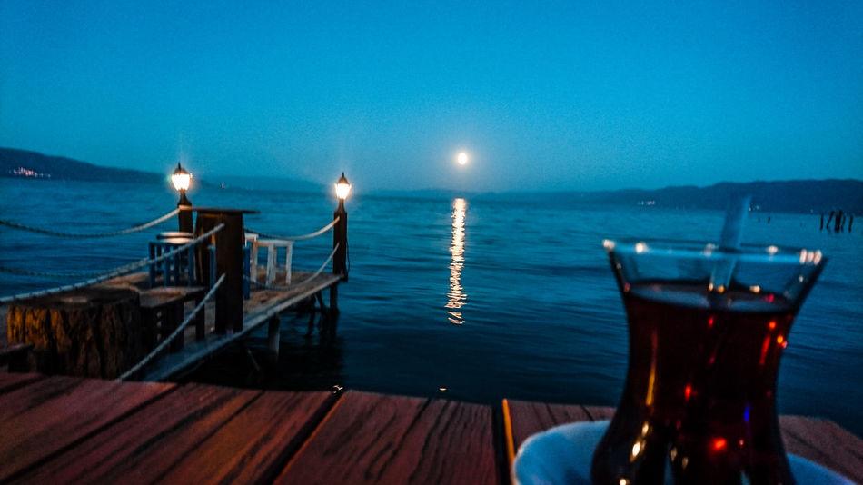 İskele pub'da muhteşem yakamoz #Nature  #photography #EyeEmNewHere #streetphotography #OldButNewToEyeEm #travel #Night #sony XPERIA #bursa Sky Travel Destinations Outdoors Night Beach Water Nature