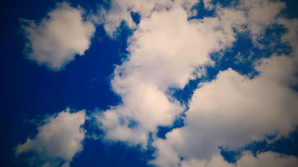 облака голубой небо и облака небо Clouds