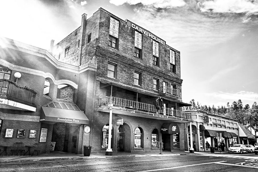 Historic Cary House Hotel, Placerville, CA Jay_silva Hanging Out Check This Out Cheese! Adventure Hello World Haunted Taking Photos Bw Placerville cary house