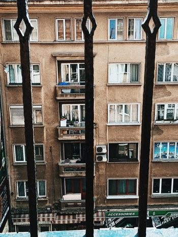 Balcoes Balcones Balcony View Balcony Shot Summertime Architecture Balcon Balconies Balcony Balcony Garden Balconyview Bookshelf Building Exterior Built Structure City Day Gail Ghetto No People Outdoors Residential Building Summer Window Window View Windows