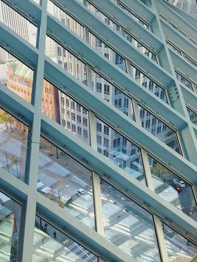 Built Structure No People Architecture City Day Outdoors Glass Reflection Glass Windows City Life Citycenter