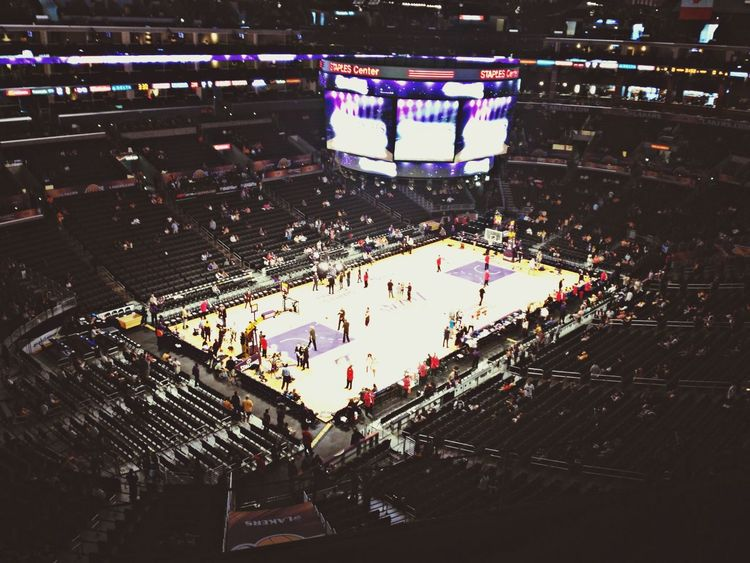 Los Lakers Nosebleed Section  Basketball ?