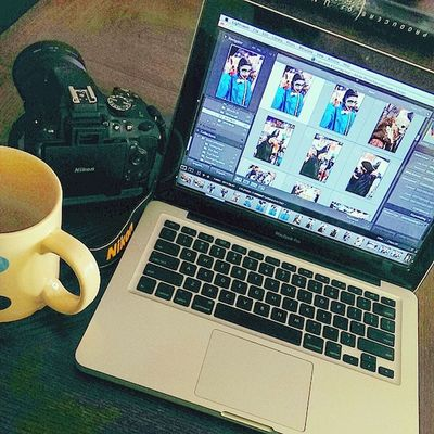 Now for fun!! Coffee in my polka dot cup. And edits of the 📷 shots from the Phoenixcomiccon PHXCC PCC Phoenixcomiccon2014 💥❗ very awesome cosplays. Thank you to all who let get me get a picture. 😁