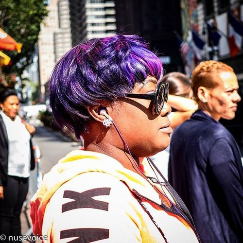 Purple Reign • September 2015 Nusevoice Olympusomdem1 Zuikodigital Instagoodmyphotos instagram wsp instagoodmyphoto instagood instagrammersgallery streetphotography streetscenenyc lady woman streetfashion shades hairstyles africanamerican igers