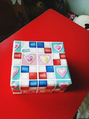 The gift from teacher Chaiyawut. Thanks. SO PROUD OF MYSELF.Cute♡ teacher. Economy.