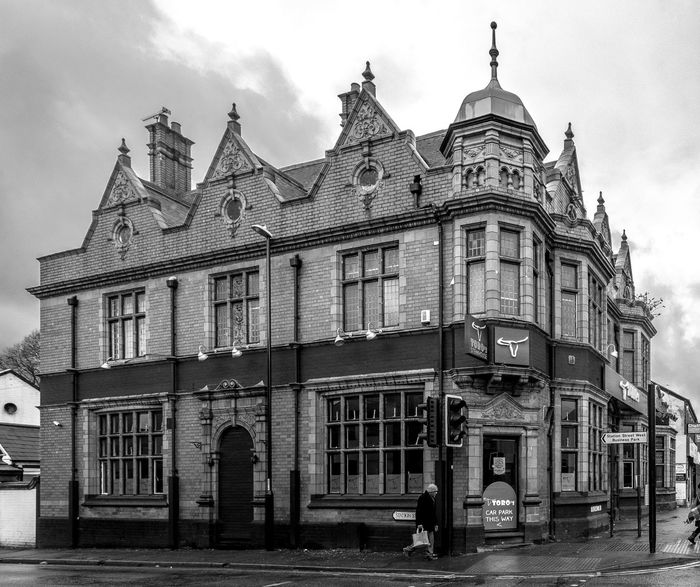 The General Woolfe (now a stakehouse), Foleshill Road, Coventry Coventry Black And White Blackandwhite Monochrome Street Urban Foleshill Road Pubs Coventry Pubs General Wolfe Architecture