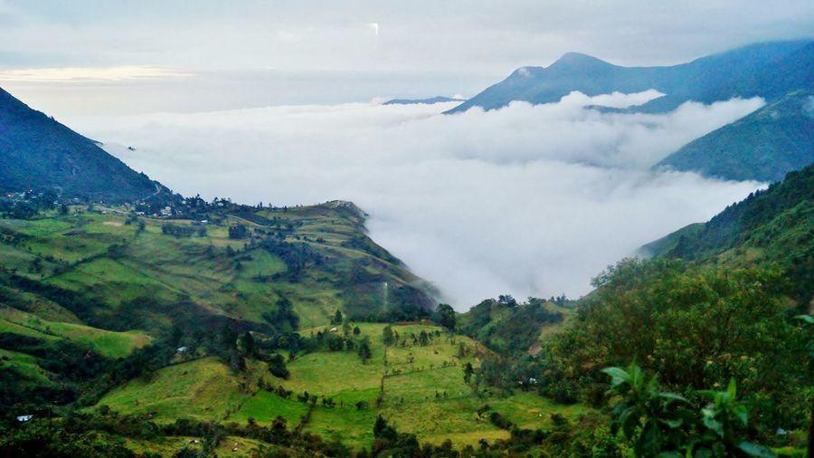 Parque Nacional El Cajas Clouds Ecuador Altitude Abovesealevel