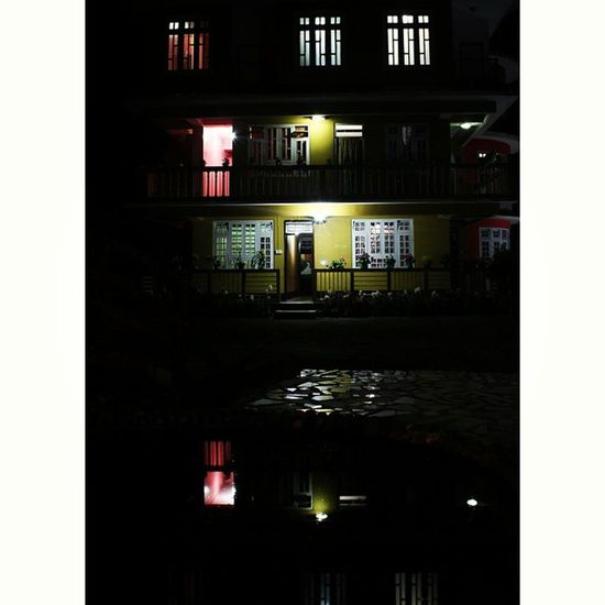 The perfect reflection. The night obsession. 🌀 Night Instapic Igersoftheday Thememorylane Mypixeldiary Bindebros Photography Photographer Canon DSLR Mountains MountainLovers Photographers_tr Sikkim Sikkimdiaries Colours Life Love Picoftheday Hills Town Moon Nightphotography Captureyourcity Movingmagicclicks light hotel resort