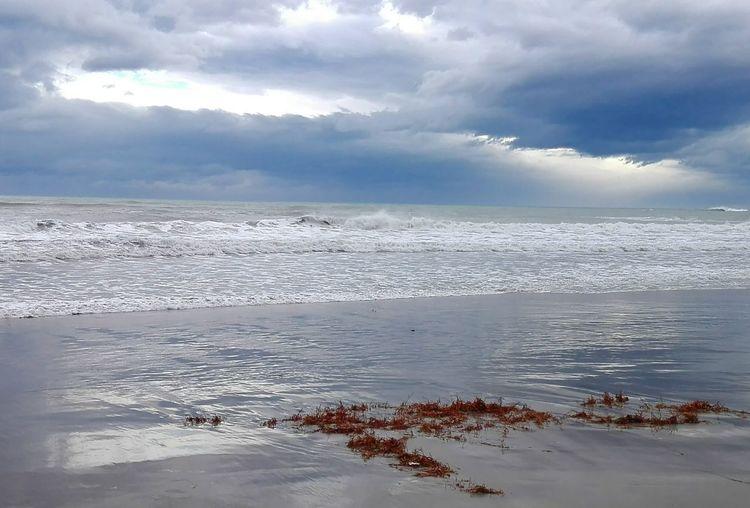 Beach Mar Playa Nublado