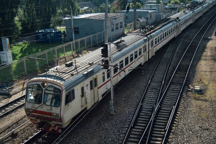 Commuter Train Day High Angle View Locomotive Mode Of Transport No People Outdoors Passenger Train Public Transportation Rail Transportation Railroad Station Railroad Station Platform Railroad Track Train - Vehicle Transportation Travel EeyEmnewhere
