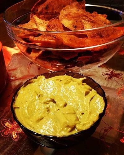 Guacamole HomemadeChips Vegan Crueltyfree Ilovegarlic Avocado Chilli