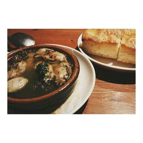まえかわとご飯❤💚 表参道にあるおしゃんなイタリアンレストラン〜 ジャパリナ アズーロ表参道 相変わらずな2人 就活お疲れ様 Having dinner with my bff~ Ajillo is always my favorite Azzurro Omotesando Tokyo Italiancuisine Foodie