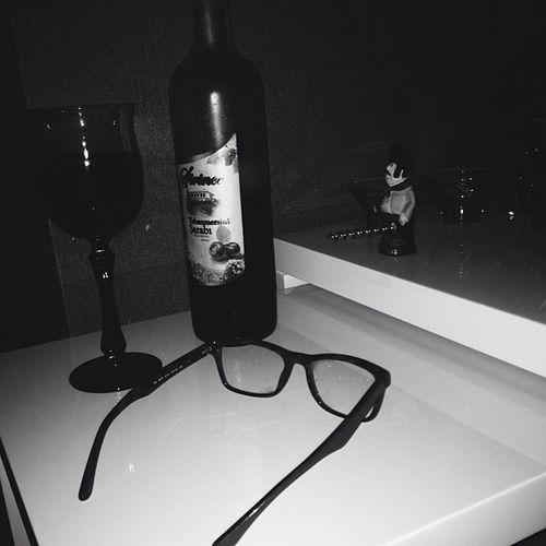 Wine şarap Yabanmersini Night white black