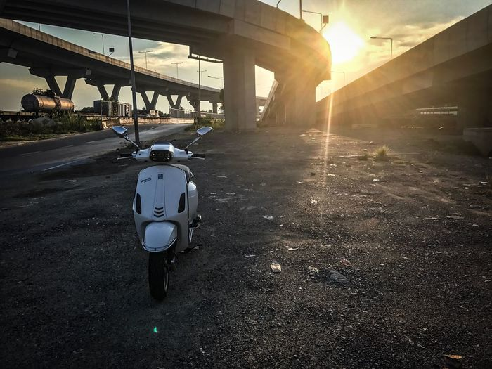 Transportation Sunlight Built Structure Architecture The Way Forward Outdoors Sky Road No People Day New Vespa
