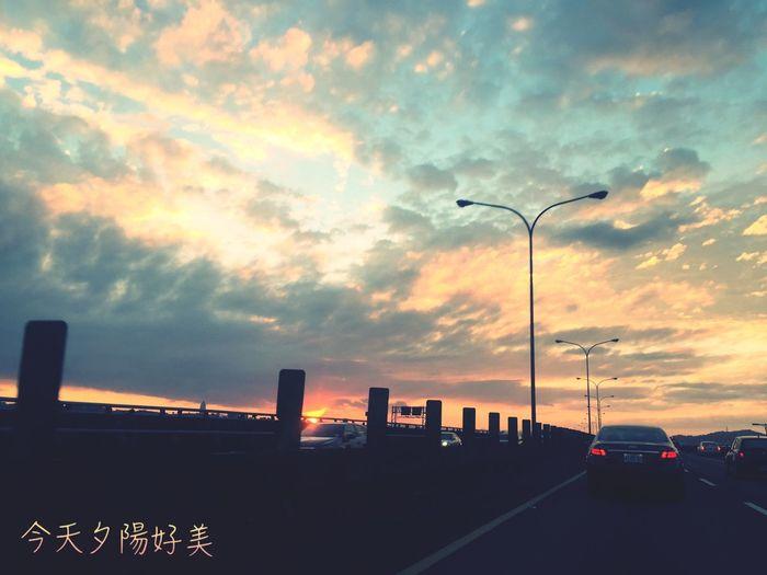 手機の拍攝遠不及眼簾看到之風景⋯⋯ Sky 景色 2016 天空的畫作 心情語錄 美景 K&I