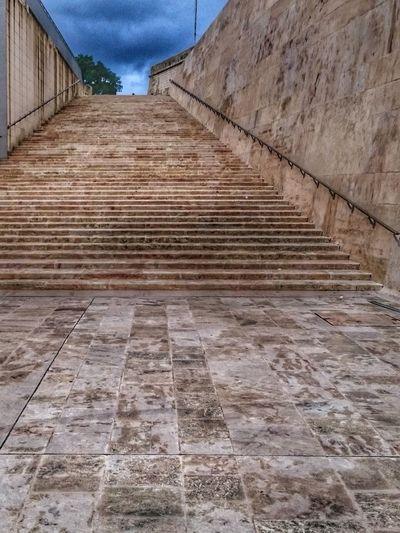 malta stairs up