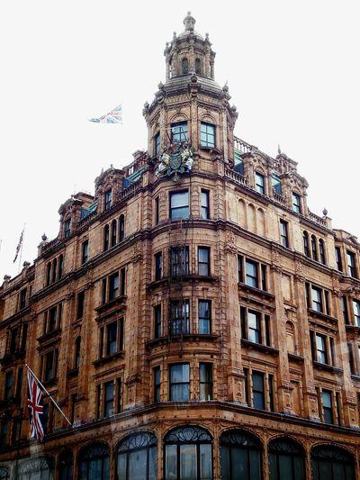 LONDON London Old Building  Viaje De Fin De Curso 3°ESO Harrods