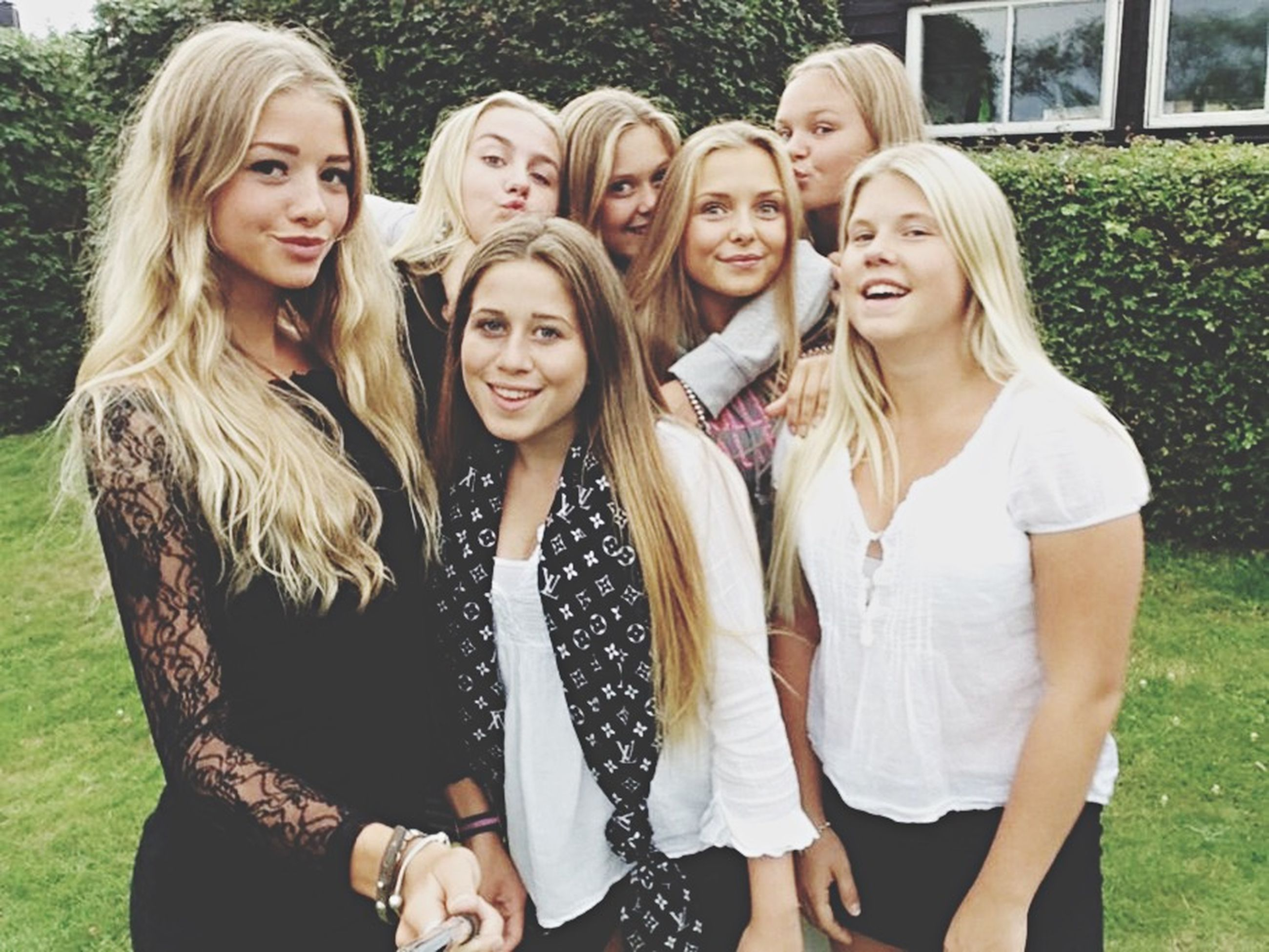 togetherness, bonding, person, smiling, lifestyles, love, leisure activity, happiness, looking at camera, portrait, front view, casual clothing, friendship, young women, young adult, girls, toothy smile, childhood