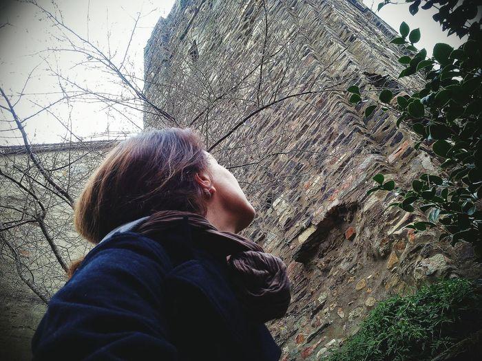 ici En Ballade Monuments Pierre Self Portrait Experiments Hauteurs Moi Même Solitude Pensées D'Utopiste EyemEm Nature Lover Sidewayselfie4life