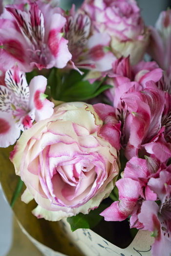 Anniversary Beauty In Nature Birth Birthday Flowers Bouquet Close-up Flower Flower Head Fragility Freshness Growth Nature Petal Pink Color Rose - Flower Roses Wedding Wedding Bouqet Wedding Bouquet