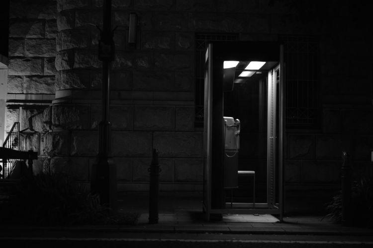 Streetphotography Light And Shadow Monochrome 横濱