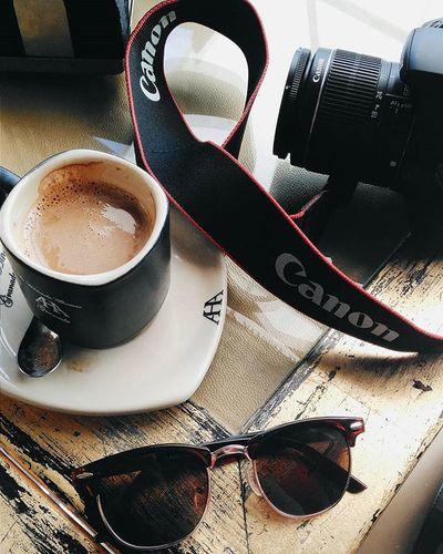 📷Tourist Life 📷 Tourist Travel Traveling Traveler Canon Camera Coffee Whitecoffee Sunglasses Granada SPAIN Sightseeing Photographer Photograpy Photooftheday