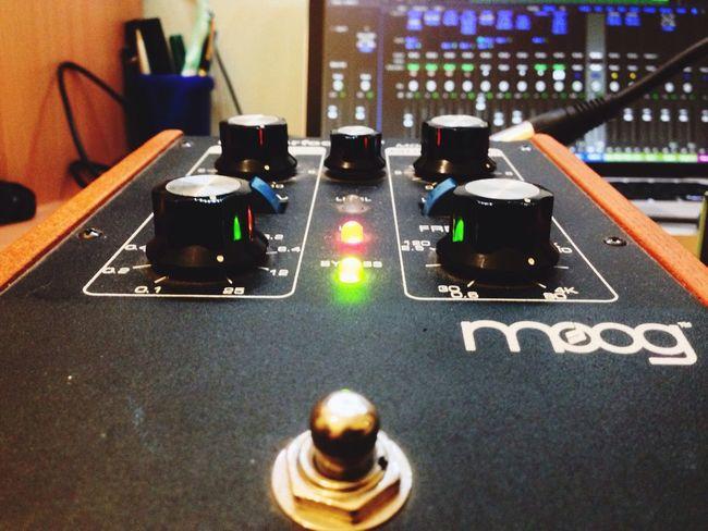 Fuori piove... Moog Synthesizer Analog