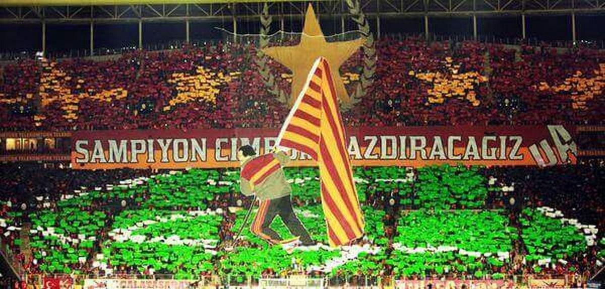 Bugün Günlerden Galatasaray İnandık biz size bizim için birgün degil hergün Galatasaray sevdası takım ruhu ⭐⭐⭐⭐❤💛❤💛 o bayrak yine o sahaya dikilecek kurtuluşu yok