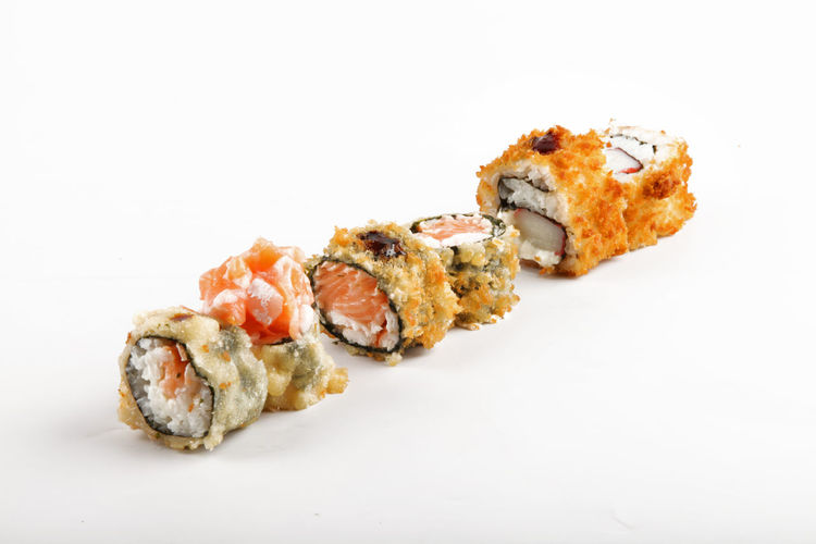 Cooking Sushi Sushitime Close-up Food Food And Drink Food Photography Foodphotography Freshness Gourmet Healthy Eating Indulgence No People Photo Photography Photooftheday Ready-to-eat Rice - Food Staple Salmon - Seafood Seafood Still Life Studio Shot Sushi Temptation White Background