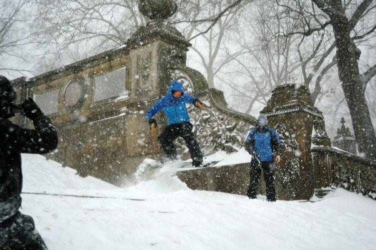 New York City Bethesda Terrace Blizzard 2016 Snowboarding Central Park