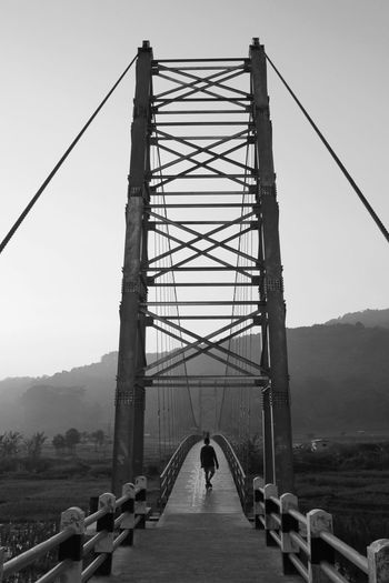 Bridge Balck n
