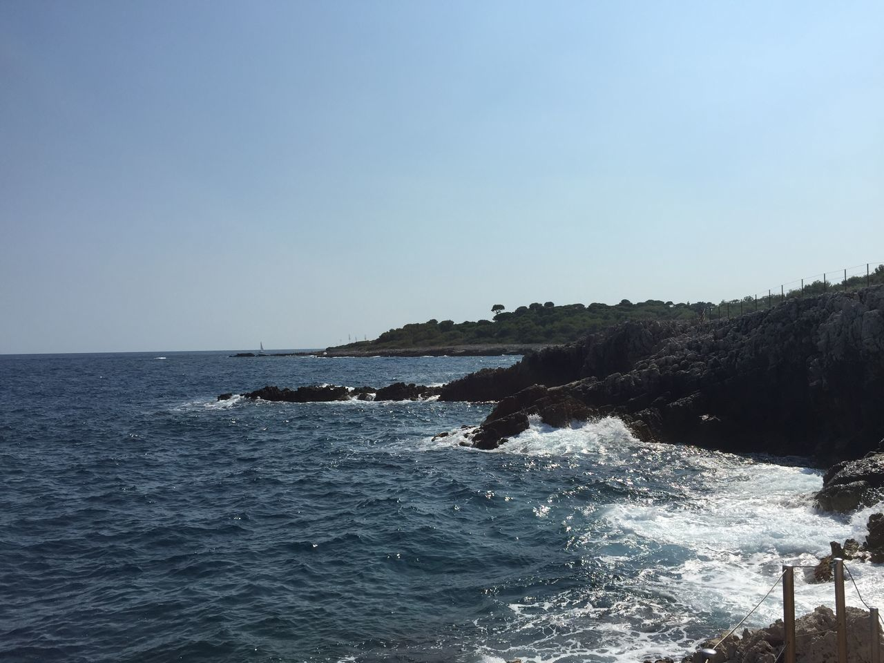 sea, water, clear sky, nature, beauty in nature, blue, scenics, no people, outdoors, waterfront, motion, horizon over water, wave, day, sky