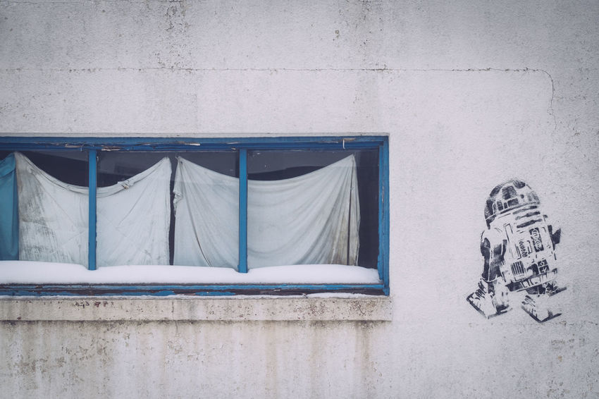 Architecture Building Exterior Built Structure Close-up Day Grafitti Hanging Blanket No People Old Buildings Outdoors R2-D2 Wall Art Window Art Is Everywhere