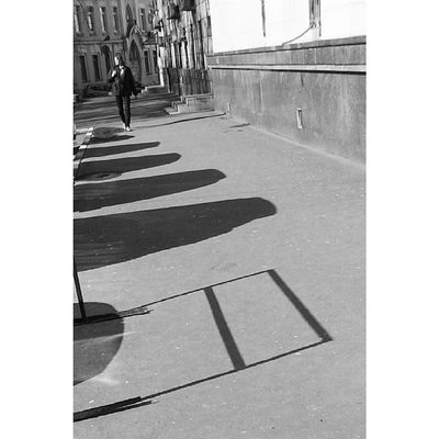 Shadows Vscocam Moscowstreets Streetphotography Black &white