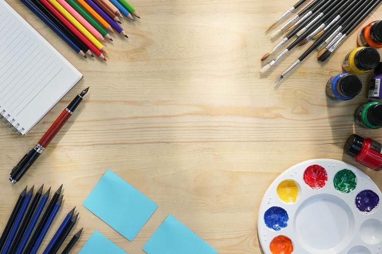 Desk for art