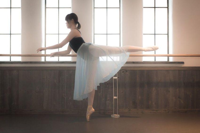 Ballett Portrait Legs Toe Photorhythm Beautiful Model Color Portrait Beauty Window
