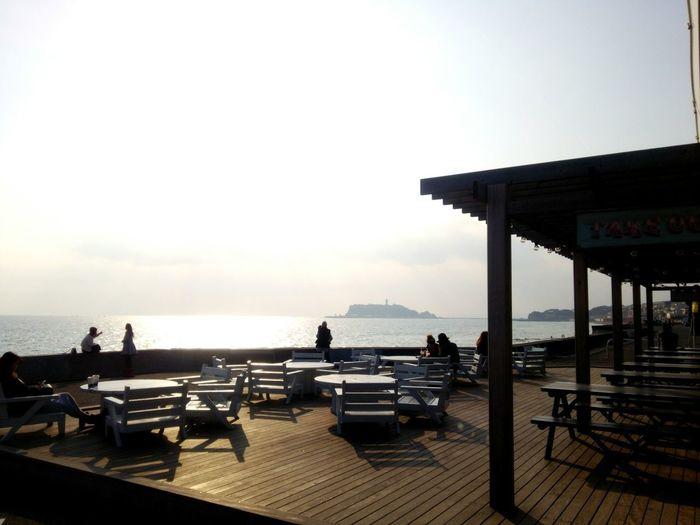 2016/3/4 江の島 Seaside Sea Sea And Sky Seascape Sea_collection Sunset Cafe Relaxing Enjoying Life Landscape Island Couple at Pacific Drive In Pacific DRIVE-IN Shichirigahama Kanagawa , Japan