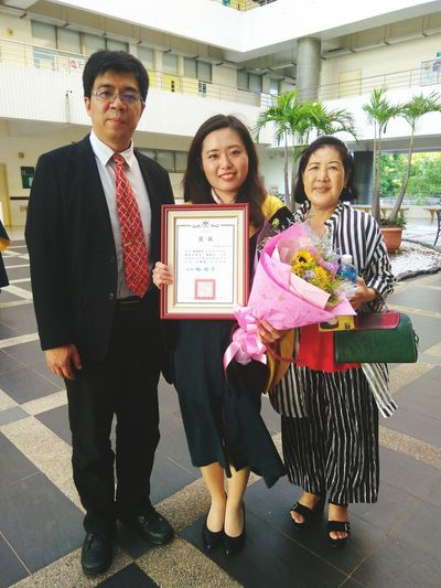 Graduate Presidential Award Mom Professor College Life Ending Goodbye Miss You Memory Cherish The Moment