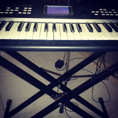 Back tO my first Love ..Yamaha Keyboard Keyboardist Cp80 ensemble