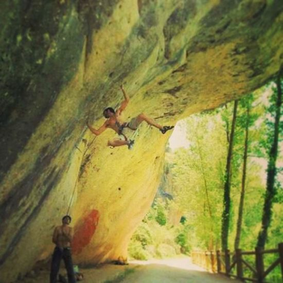 Climbing Escalar Heartbeat Moments