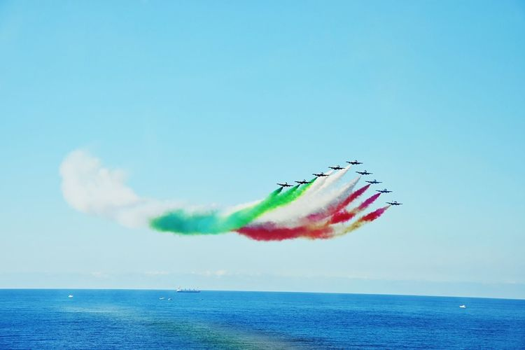 Frecce tricolori Airshow Acrobatic Demonstration team of Italian Air Force BYOPaper! EyeEmNewHere The Photojournalist - 2017 EyeEm Awards