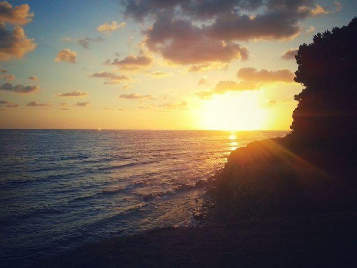 Atmosfer Atmosphere Atmospheric Mood Beauty In Nature Campania Italy Enjoying Life Sky Dramatic Sky Horizon Over Water Idyllic Light Majestic Orange Color Outdoors Punta Licosa Romanticismo Scenics Sea Seascape Silhouette Sky Sun Sunset Tranquil Scene Tranquility Wave