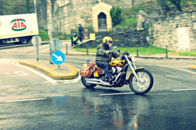 Harley Davidson Italy On The Road Como Lake Rain