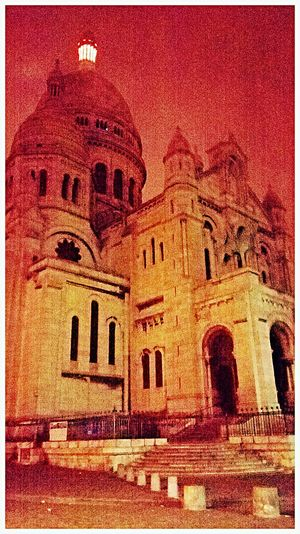 Hanging Out Taking Photos Nightphotography Huawei Shots Night Sky Nightwalk Sacre Coeur Paris ❤ Huaweip7 Popular Photos Cities At Night Cathedrale Colour Of Life