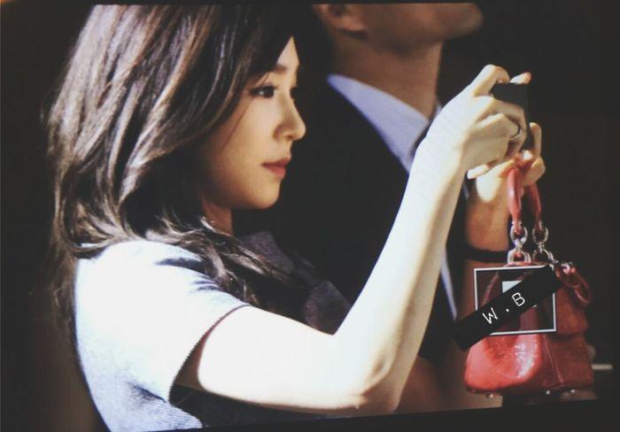 omgg 😍 Dior Seoul Dior Tiffany Hwang SNSD Girls Generation